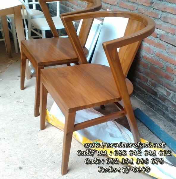 Desain Kursi Cafe Minimalis Kayu Jati