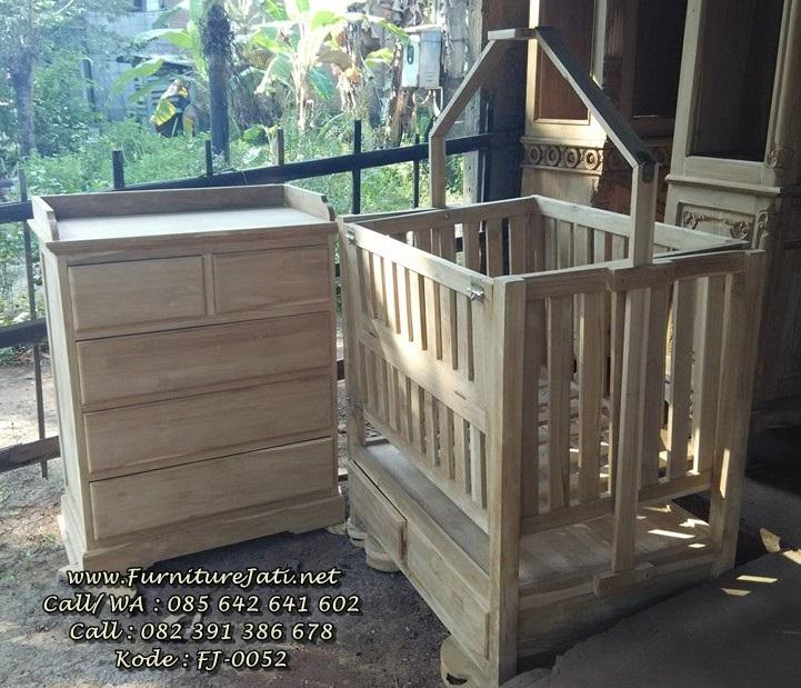 Tempat Tidur Bayi & Baby Tafel Jati