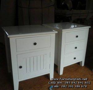 Meja Nakas Laci Kecil Minimalis Warna Putih