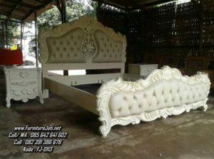 Set Tempat Tidur Ukiran Mewah Putih Duco