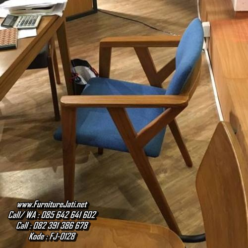 Kursi Cafe Minimalis Terbaru Sofa