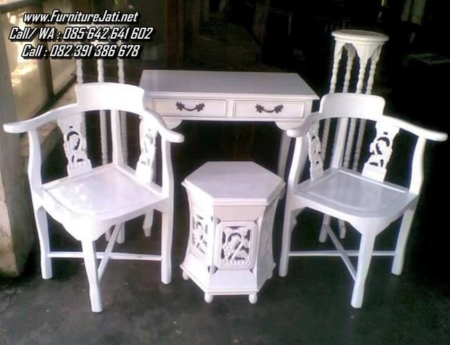 Model Kursi Teras Jepara Warna Putih